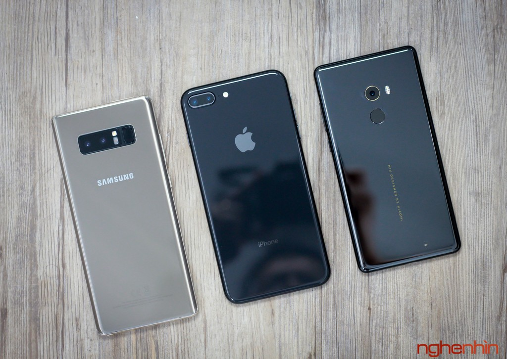 iPhone 8 Plus so dáng Galaxy Note 8 và Mi MIX 2  ảnh 1